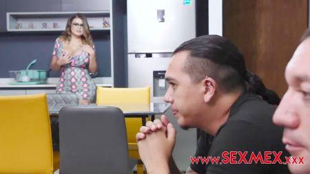 Смотреть Домашние Любительское Порно Жена Лижет Пизду Подруге