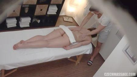 Видео Секс С Маленькой