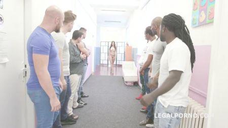 Парни Писают В Туалете Скрытая Камера